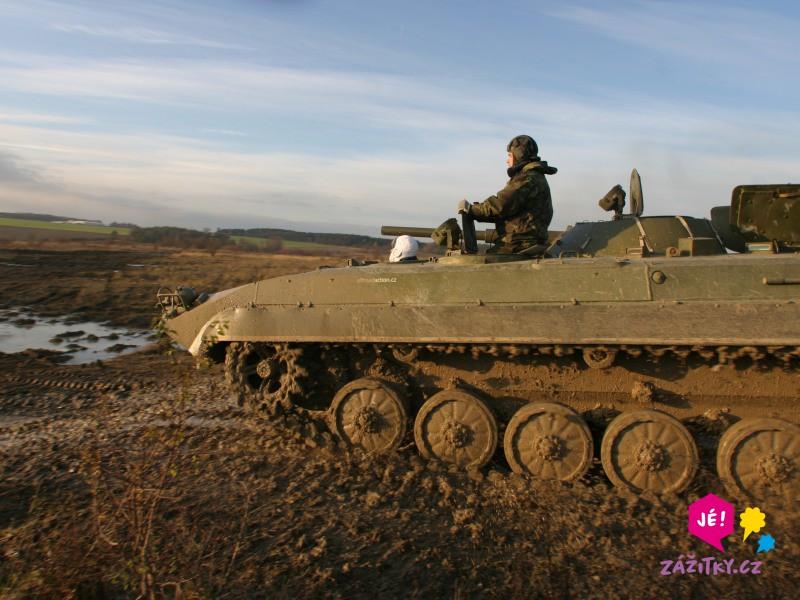Jízda v obrněném transportéru + střelba z Kalašnikova - certifikát