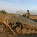 Jízda v obrněném transportéru + střelba z Kalašnikova - dárkový poukaz na zážitek