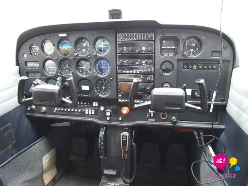 Pilotem letounu na zkoušku I. - dárek