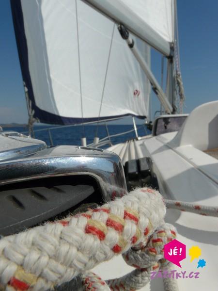 Projížďka na jachtě s kapitánem - poukaz na zážitek