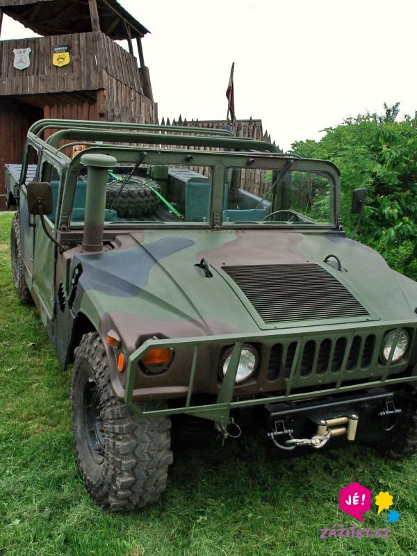 Projížďka v terénním voze Hummer H1 - dárek