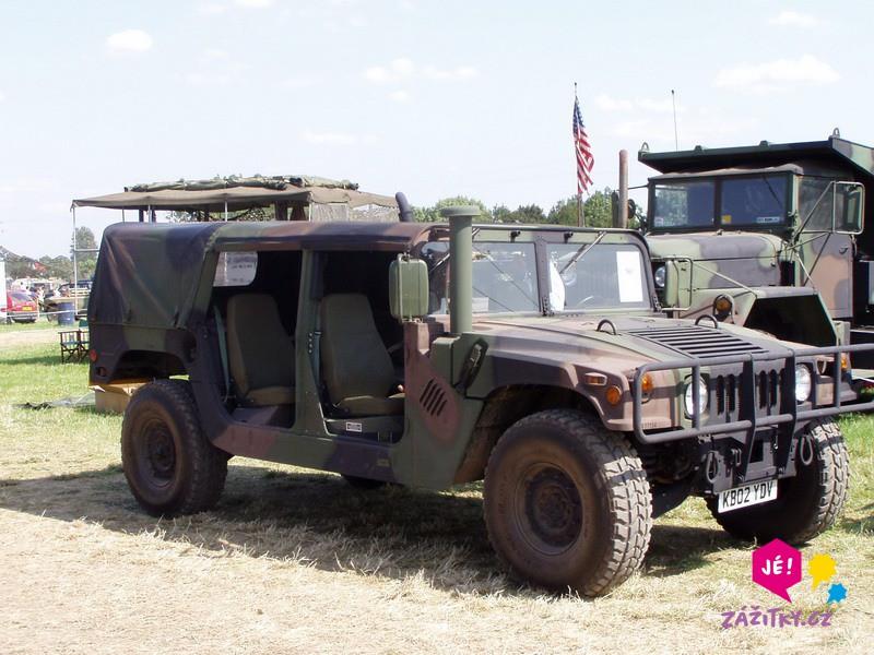Projížďka v terénním voze Hummer H1 - poukaz na zážitek