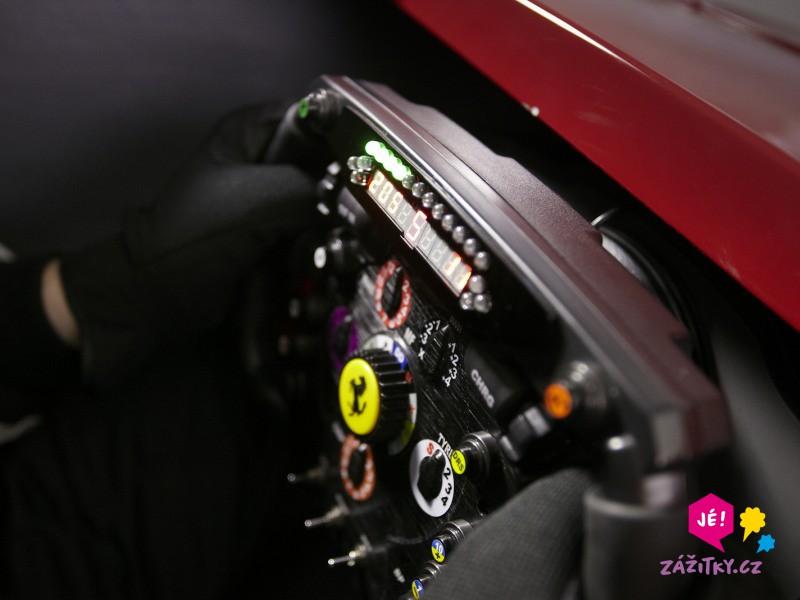 Simulátor Formule 1 - dárek