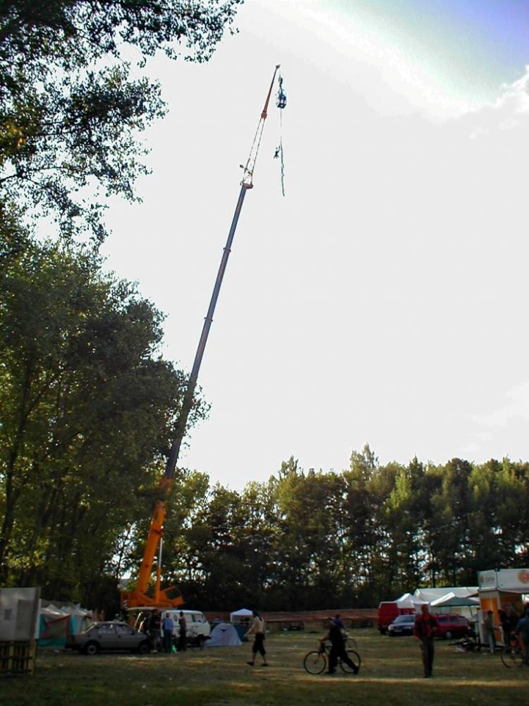 Bungee jumping až 120 metrů z jeřábu - dárek