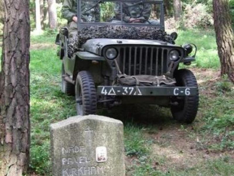 Návrat do minulosti - Army den - dárkový poukaz