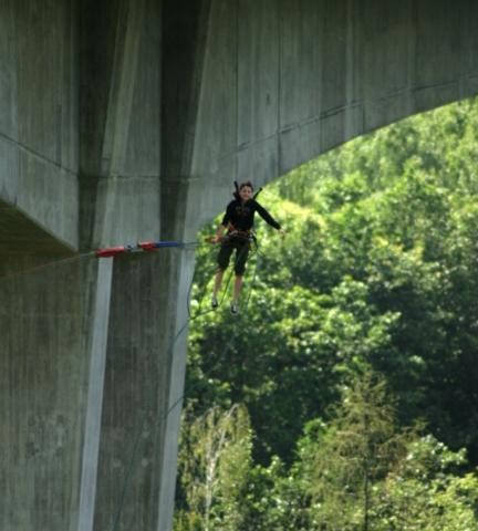 Bungee jumping - Kieneova houpačka - dárek