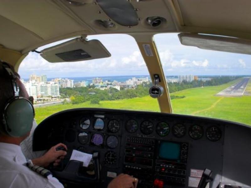 Vzrušující pilotování letadla na zkoušku - dárkový poukaz