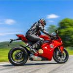 Jízda na motorce Ducati Panigale V4 - dárkový poukaz na zážitek