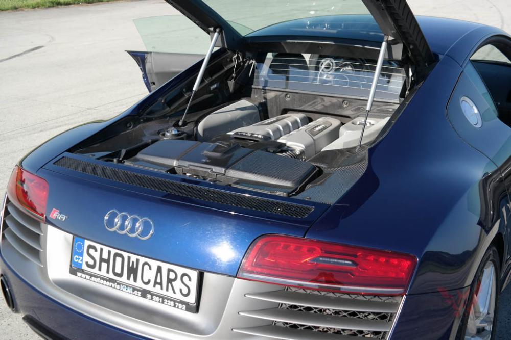 Jízda v supersportu Audi R8 - poukaz na zážitek