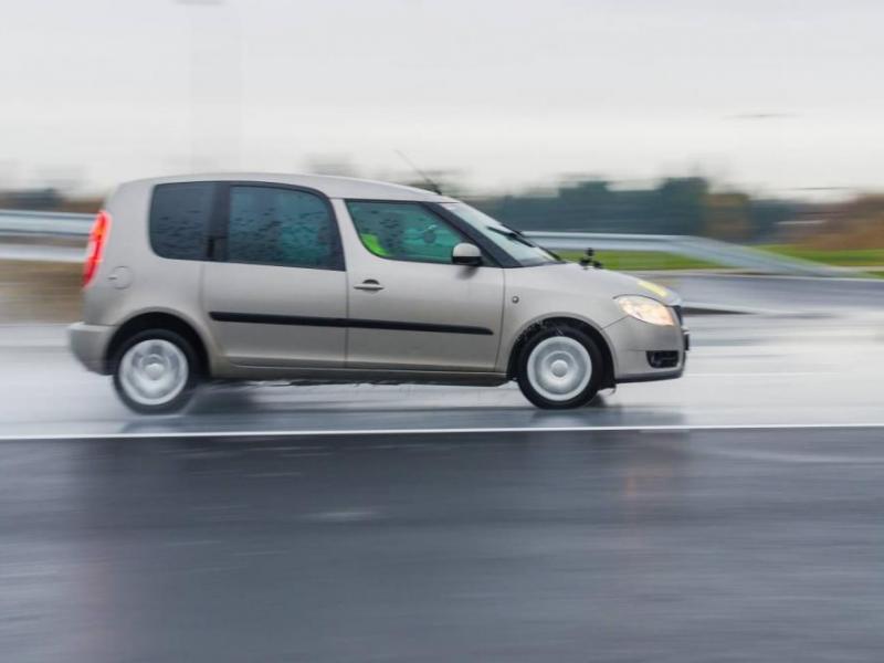 Kurz bezpečné jízdy s odpočtem bodů - dárkový poukaz