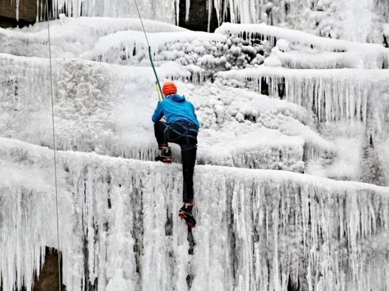 Kurz ledového lezení - dárkový poukaz
