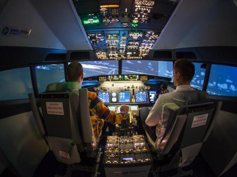 Pilotování simulátoru Boeing 737 jako dárek - dárkový poukaz