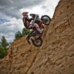 Motorky na enduro trati - dárkový poukaz na zážitek