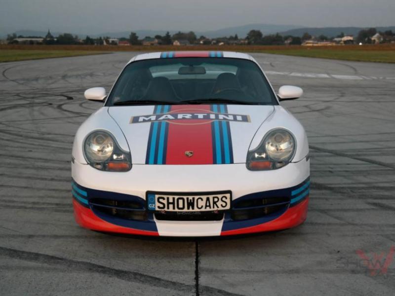 Jízda v supersportu Porsche 911 Carrera - dárkový poukaz