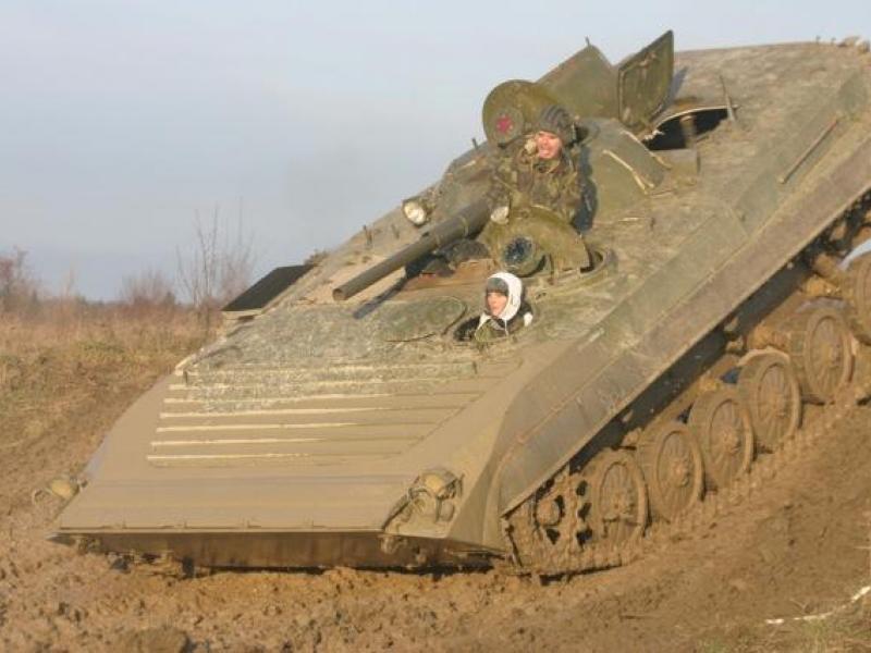 Řízení bojového vozu BVP - dárkový poukaz