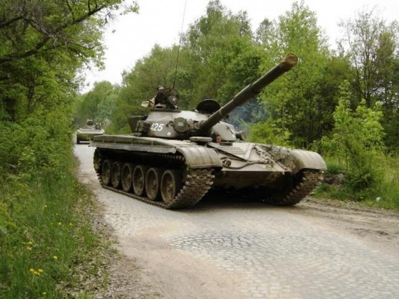 Bojový tank T-55 nebo T-72 - dárkový poukaz