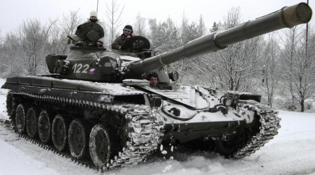 Bojový tank T-55 nebo T-72 - dárek