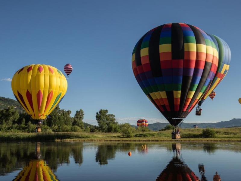 Soukromý let balónem - dárkový poukaz