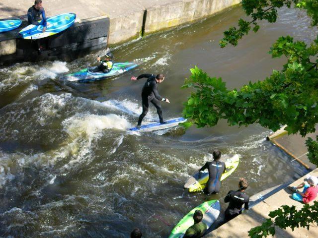 Surfing na řece - poukaz na zážitek