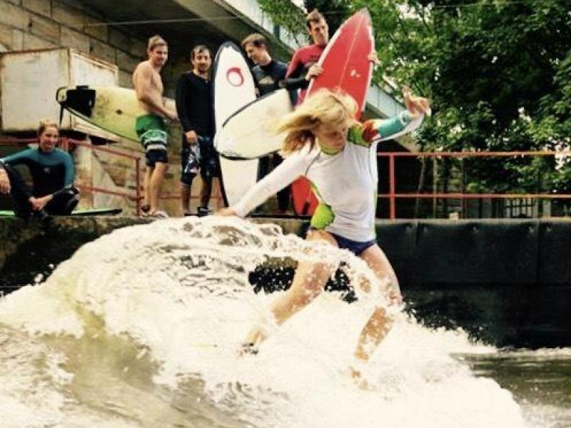 Surfing na řece - dárkový poukaz