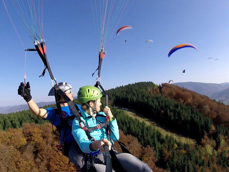 Tandemový paragliding - vyhlídkový let - poukaz na zážitek